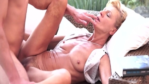 Good fuck alongside young blonde Leigh Darby