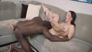 Young stepmom rushes cumshot