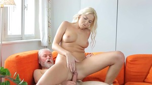 Young pussy drilling