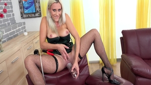 Solo Brittany Bardot czech mature cute sex with toys