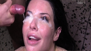 Amateur Veronica Avluv enjoys hard sex