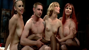 Mona Wales amongst Bella Rossi group sex