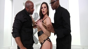 Mature Kendra Lust fucked in the ass