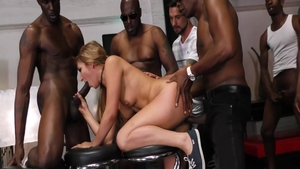 Receiving facial cum loads escorted by chubby blonde Moka Mora