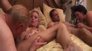 Foursome in company with shaved MILF Sophie Dee