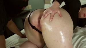 Huge american girl Virgo Peridot riding BBC