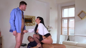 Large tits Valentina Ricci threesome after interview