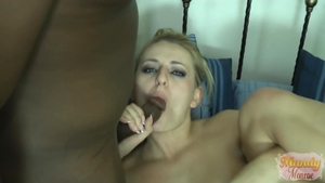 Blonde Riley Steele goes in for hard pounding HD