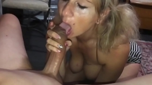 Perfect amateur homemade cumshot