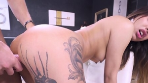 Blonde haired raw cumshot