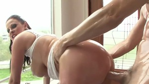 Oil raw sex along with big tits MILF Gianna Michaels HD
