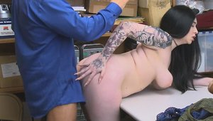 Hairy Amilia Onyx hard kissing each other in office