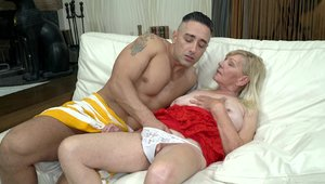 Lusty Grandmas - Young granny got her pussy smashed
