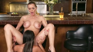 Hottest lesbo Tanya Tate has a thing for pussy sex