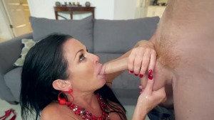 Large boobs Veronica Avluv cumshot in the bed